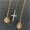 Naszyjnik z medalikiem Madonna