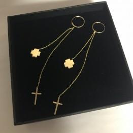 Kolczyki koła 11mm Krzyż i koniczynka na łańcuszku ze złota 9 Karat