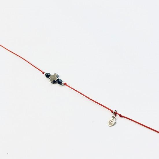 Bransoletka czerwona nitka z krzyżykiem z kamienia srebro 925