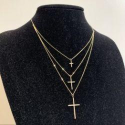 Naszyjnik kolia trzy krzyże wysadzane cyrkoniami