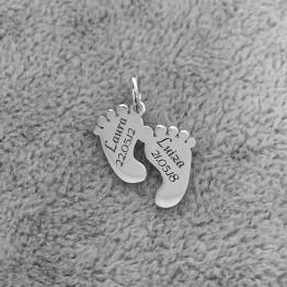 Zawieszka stópki z dowolnym grawerem srebro 925