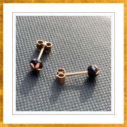 Kolczyki sztyft lilijka kamień Swarovski 4 mm