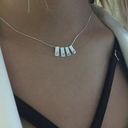 Naszyjnik z mini blaszkami z grawerem ze srebra 925
