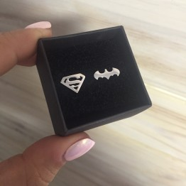 Kolczyki z logo Batman Superwoman ze srebra 925